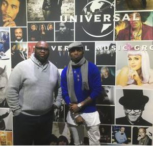 Diamond Sign Universal Music Deal