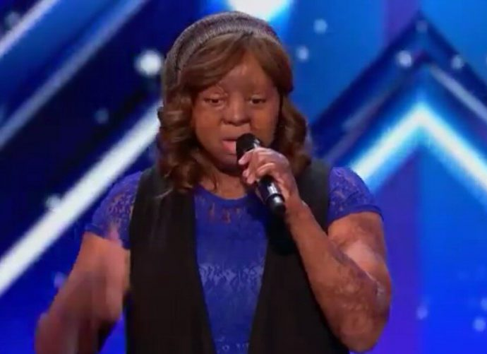"Watch Beautiful Performance of 2005 Sosoliso Plane Crash Survivor Kechi as She Wows America's Got Talent Judges "" Music Heals Me, After that Horrible Plane Crash """