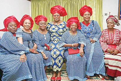 King-Sunny-Ade-wives1