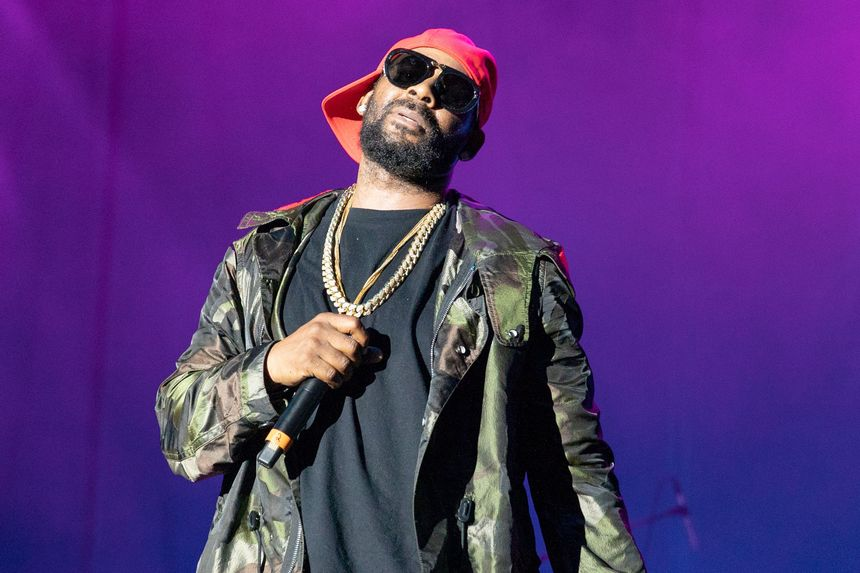 R. Kelly Addresses Sex Allegation