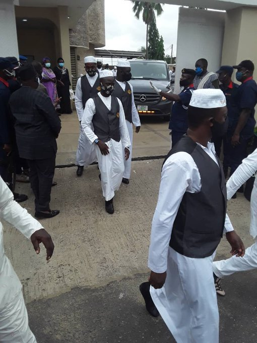 Ajimobi Laid to Rest At His Oluyole Residence 00