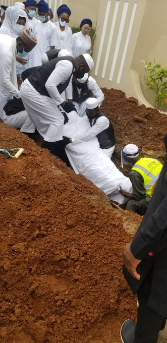 Ajimobi Laid to Rest At His Oluyole Residence
