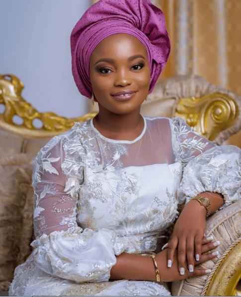 You Abandoned Me For 22 Years Tope Alabi's Daughter, Ayomikun Alabi